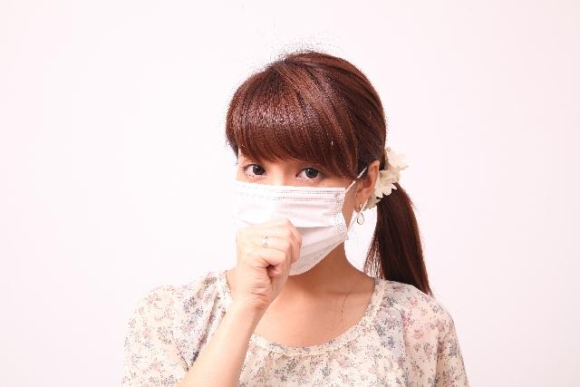マイコプラズマ肺炎の大人症状は咳がツラすぎる!うつる期間に家族も注意