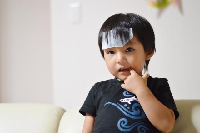 マイコプラズマ肺炎の症状で子供の熱が下がらない!検査に時間はかかる?