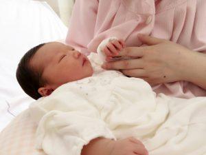 生まれたて赤ちゃん