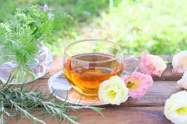 妊婦の花粉症に効くお茶3選!安全で鼻水・鼻づまりにも効果あり